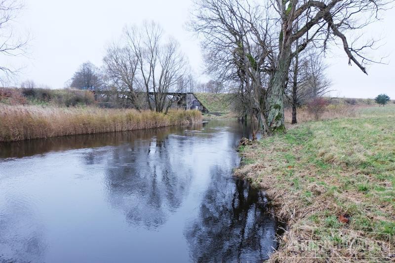 widok na rzekę Gwdę