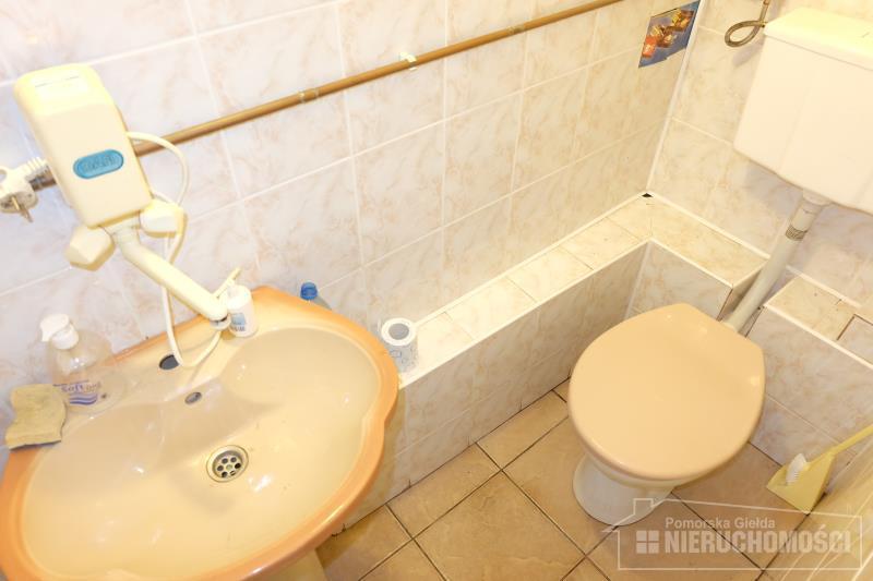 wc o pow. ok. 1,60 m2
