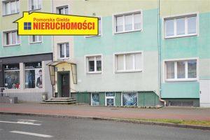 widok na lokal od ulicy Wyszyńskiego